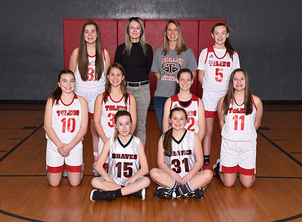 The 2019-2020 Toledo Middle School girls basketball A team.